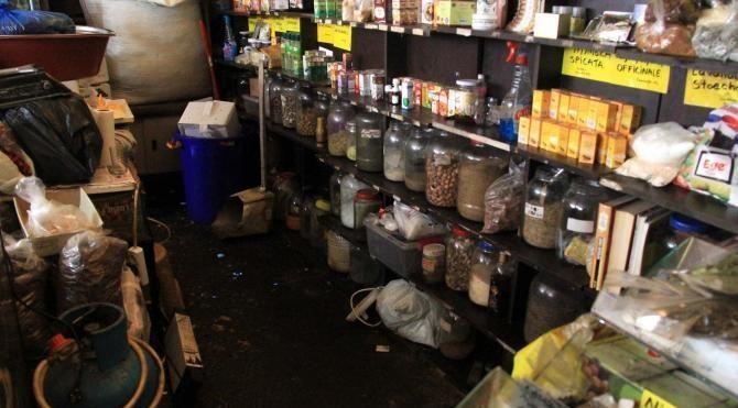 230 kilo baharat ve kuru gıda imha edildi
