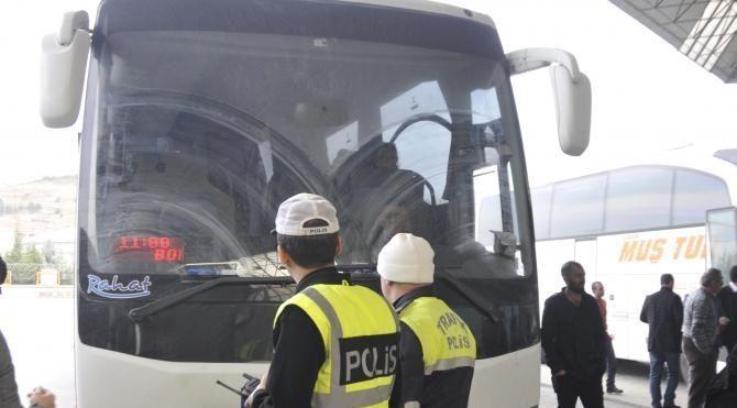Otobüsle 'sivil polis', sürücü ve muavine ceza yazdırdı