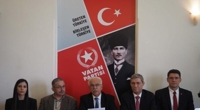 Perinçek, Cumhurbaşkanı Erdoğan'dan anayasa değişikliğini imzalamamasını istedi