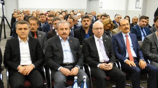 Prof. Dr. Mustafa Şentop UETD Konferansına katıldı