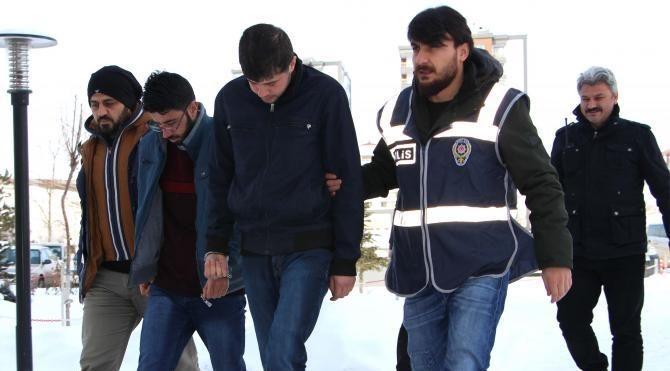 Sivas'ta 'FETÖ' bahanesiyle dolandırıcılık