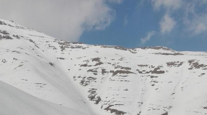 Şırnak'ta Tanin Tanin Dağları'nda 3 metre kalınlıktaki kar ile mücadele