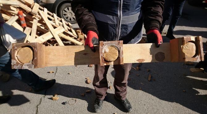 TIR'da ahşap paletler arasındaki 99 kilo eroini 'Maço' buldu