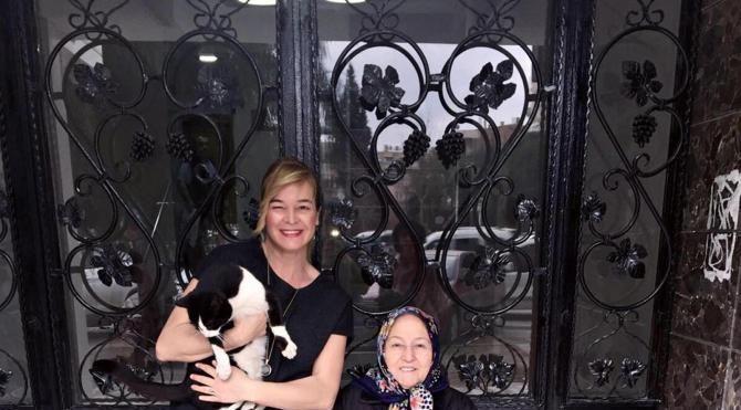 Apartman yöneticisi veteriner hekimle davalık olan hayvansever anne kız için koruma kararı