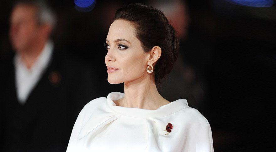 Angelina Jolie, Jared Leto ile aşk mı yaşıyor?