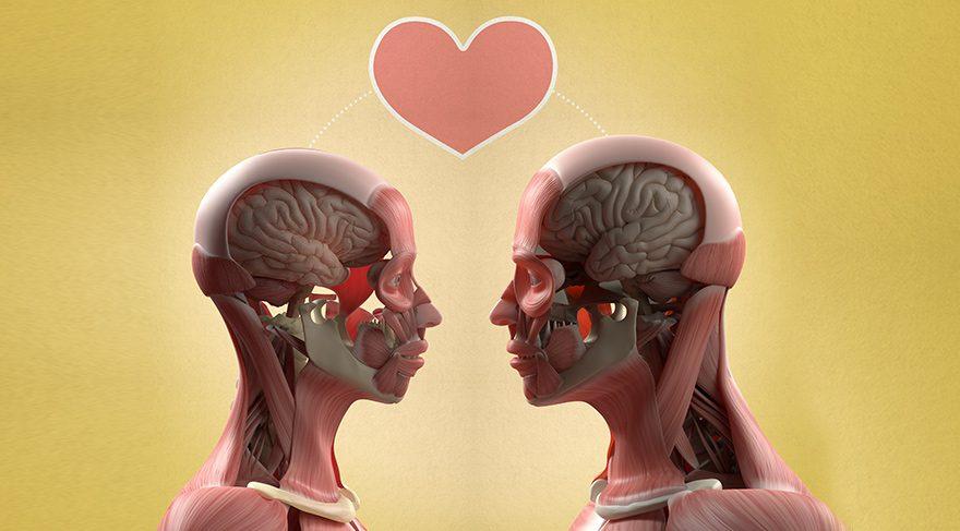 Aşk nedir? Kime aşık oluyoruz?
