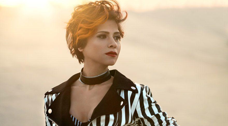 Şarkıcı Aydilge, Demet Akalın-Aleyna Tilki sürtüşmesinin reklam amaçlı olduğunu söyledi