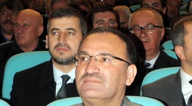 Bakan Bozdağ: CHP ve HDP aynı safta eylem birliği yapmışlar