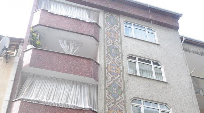 Bağcılar'da duvarlarındaki çatlaklar nedeniyle boşaltılan binalarla ilgili inceleme sürüyor
