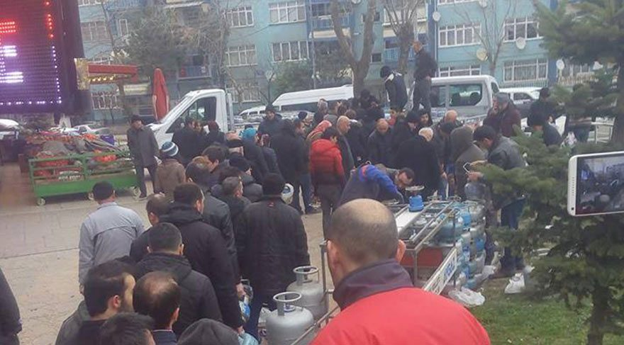 17 saattir doğalgaz verilemeyen Samsun'da uzun tüp kuyrukları
