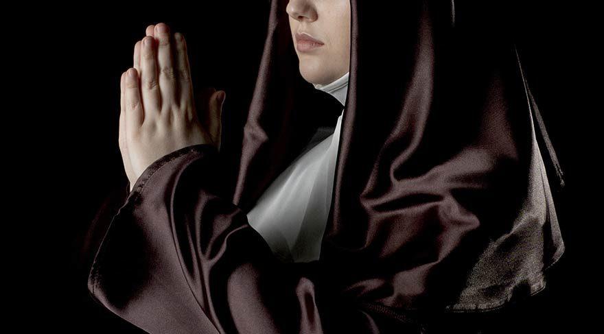 Göçmenlere kapılarını açan manastırda 9 rahibe hamile kaldı