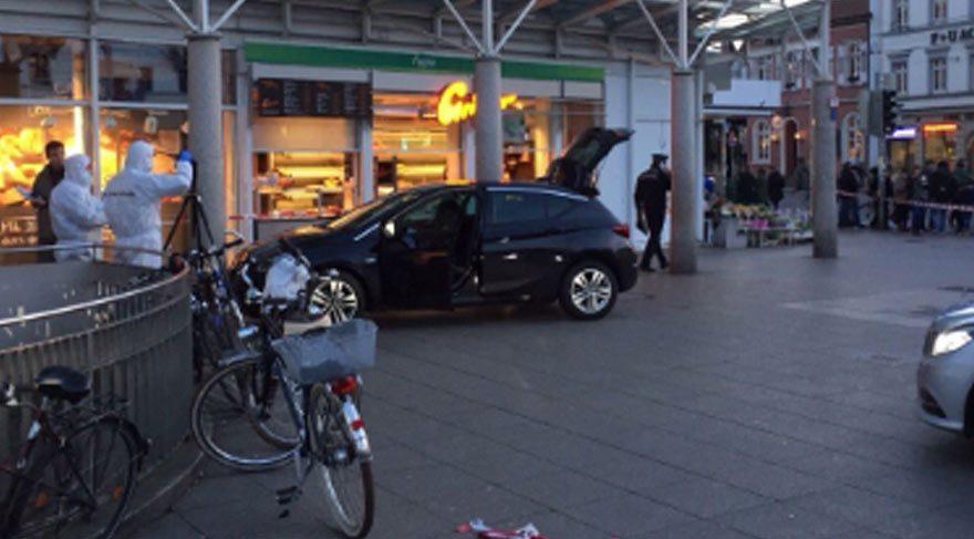 Almanya'da dehşet! Aracıyla kalabalığın arasına daldı!