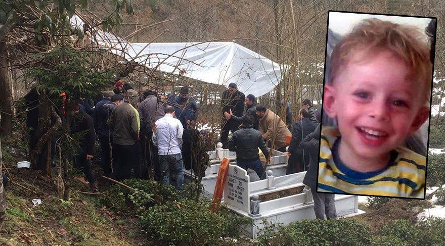 Devrilen dolabın altında ölen 3 yaşındaki çocuk toprağa verildi