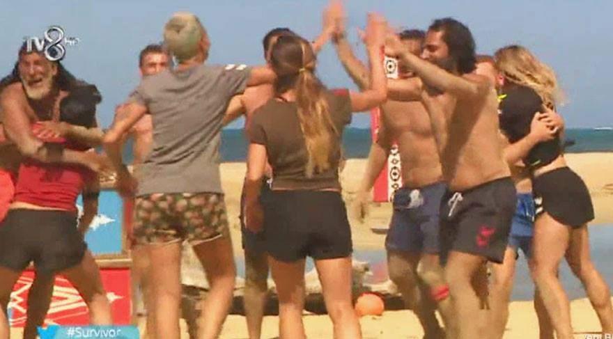 Survivor ödül oyununu hangi takım kazandı? Survivor'da ödül oyunu sonucu belli oldu!