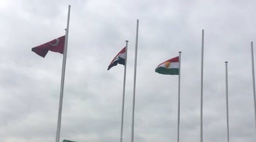 Sözde Kürdistan bayrağı, İstanbul ve Ankara'da göndere çekildi