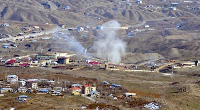 Irak sınırındaki Derecik'te, PKK hedeflerine bomba yağdı