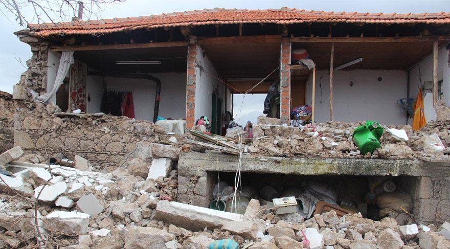 Son dakika... Çanakkale'de ardı ardına depremler