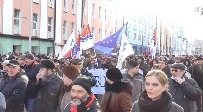 Putin, muhalif lidere suikastın yıldönümünde protesto edildi