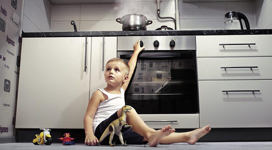 Çocukları ev kazalarından korumanın 9 yolu