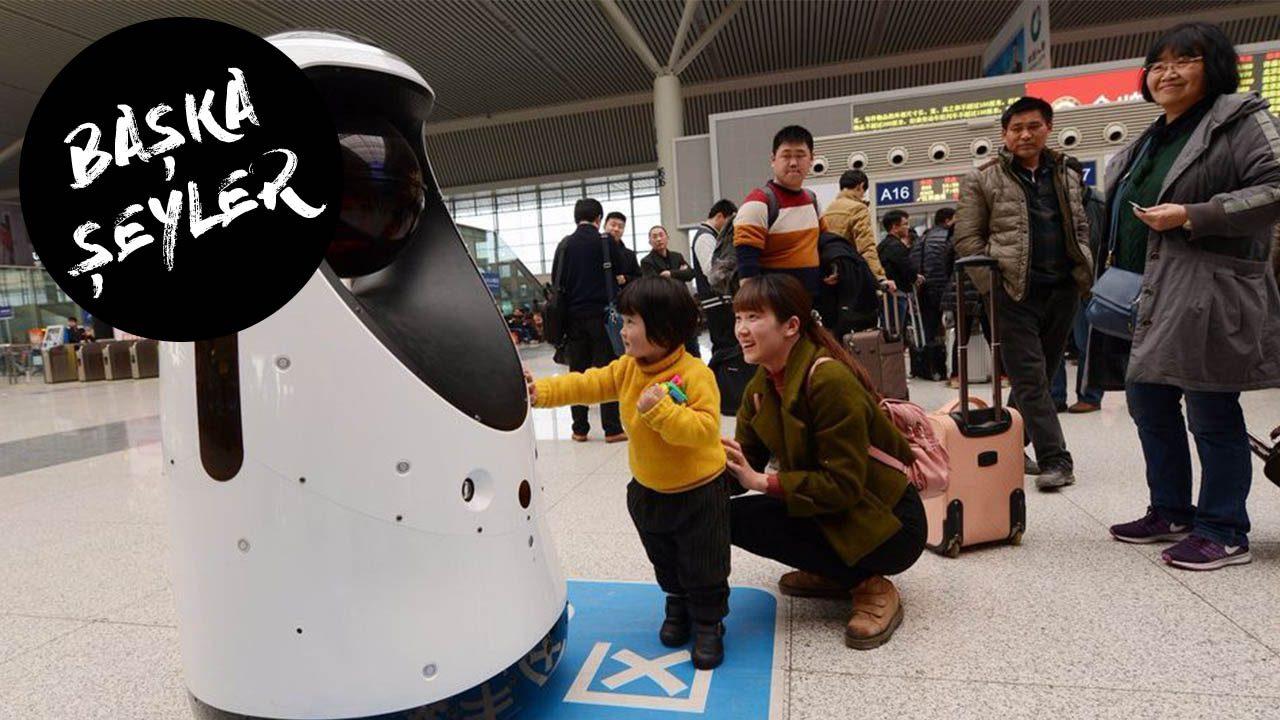 Bu robot suratları tanıyabiliyor!