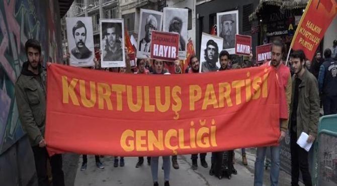 İstiklal Caddesi'nde 'hayır' yürüyüşü