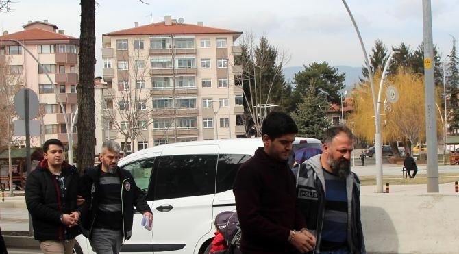 Şırnak'ta FETÖ'den aranan 2 asker Bolu'da yakalandı