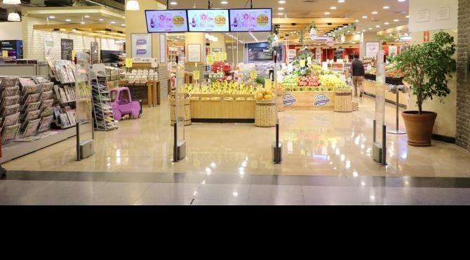 Süpermarkette 13 bin lira düşüren müşteriyi polis buldu