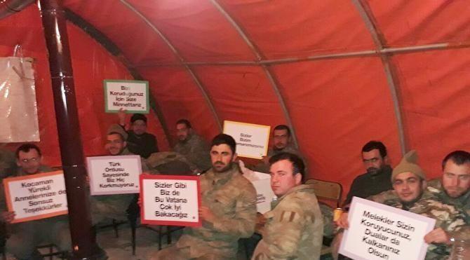 Fırat Kalkanı'na katılan askerlerden çocukların mektuplarına cevap