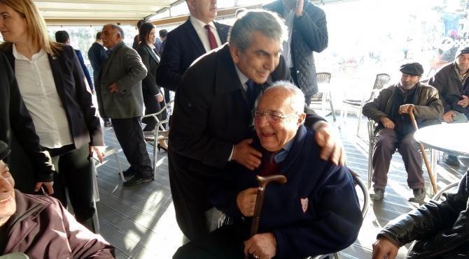 CHP İstanbul İl Başkanı: Siyasetin çözemediğini halk çözecek