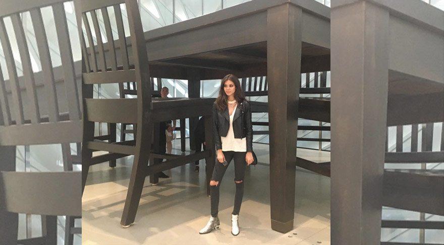 Deren Talu, The Broad müzesini ziyaret etti