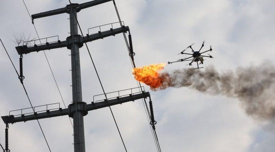 Ateş saçan drone ile temizlik yaptılar!