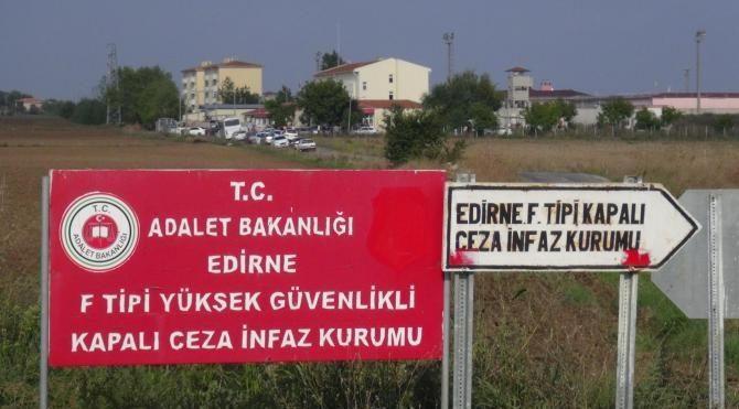 Demirtaş'ın kaldığı cezaevinde 6 PKK'lıdan açlık grevi