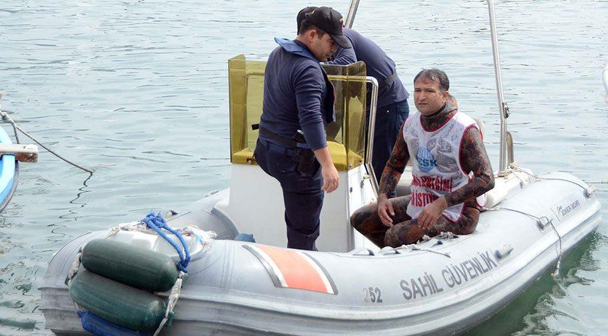 Eylemci öğretmeni bu kez Sahil Güvenlik gözaltına aldı