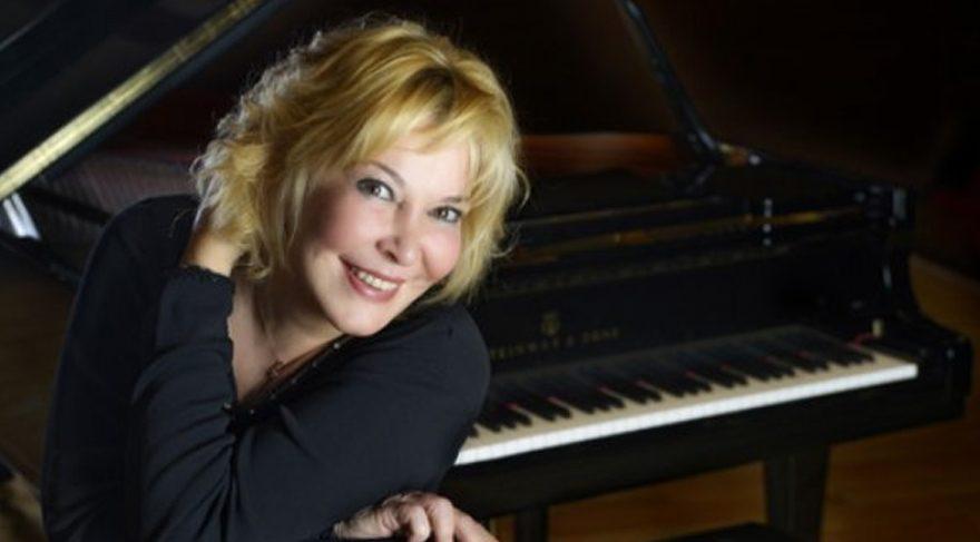 Piyanist Gülsin Onay'dan Fazıl Say'a yanıt
