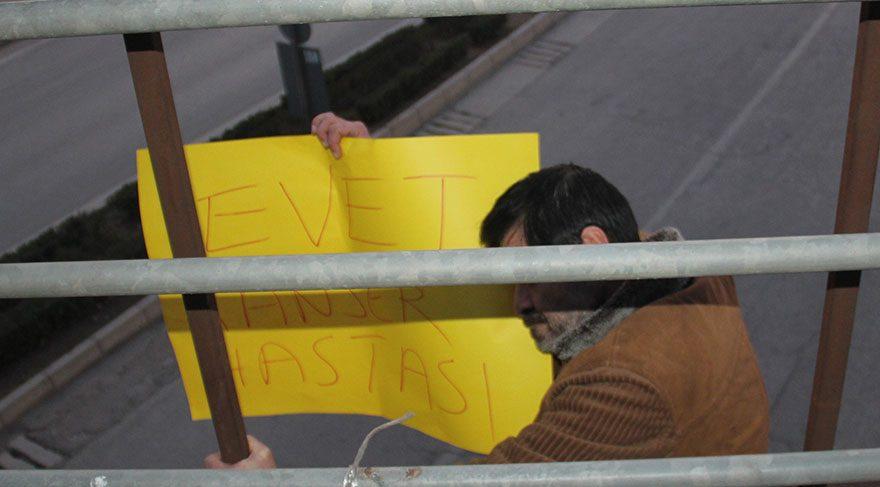 İntihar girişiminde de 'evet'li pankart