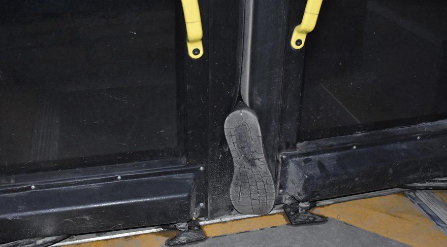 Belediye otobüs şoförüne bıçaklı saldırı