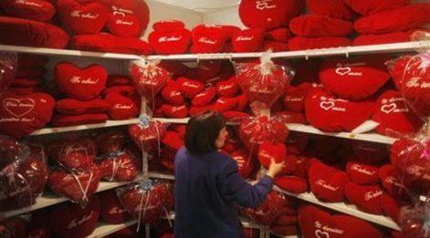 Komik Sevgililer Günü mesajları! Romantiklik değil komiklik peşinde olanlara...