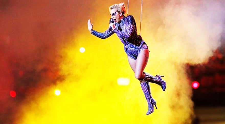 Lady Gaga'nın albüm satışları patladı