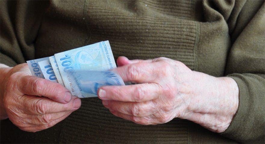 'Emekliler promosyonda üç yıl sonunda 354 TL zarar edecek'