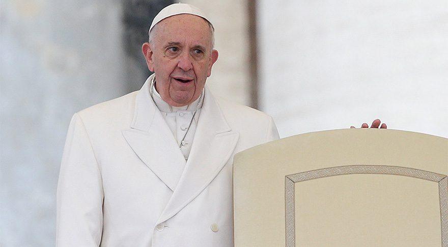 Papa Françesko: Böyle olmaktansa ateist olmak daha iyidir