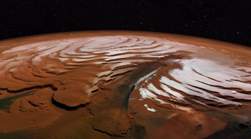 Mars'ın Kuzey Kutbu çikolatalı puding gibi