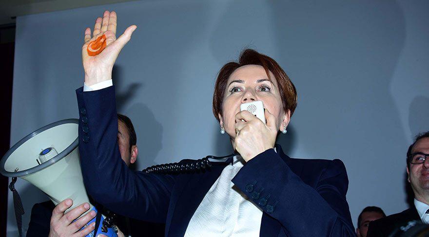 Akşener'in 'kınalı eli' partinin logosu oluyor