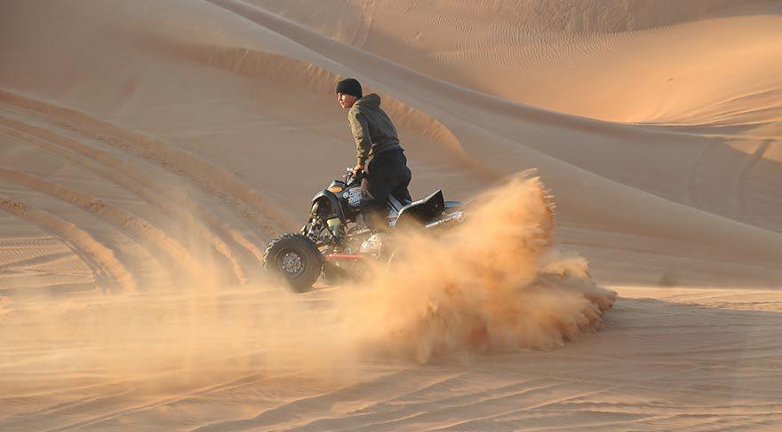 Dubai'de çöl safarisi