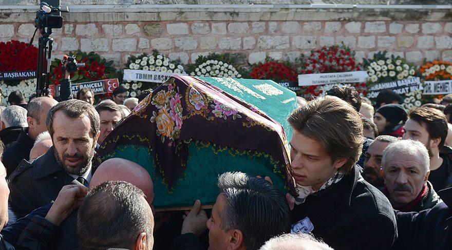 MHP Milletvekili Saffet Sancaklı'nın eşi Hülya Sancaklı son yolculuğuna uğurlandı