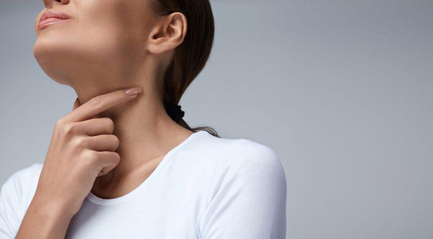 Üst solunum yolu enfeksiyonları komplike olmadığı durumlarda bir kaç gün içinde tedaviyle düzeldiğinde ses kısıklığı sorunu da ortadan kalkıyor.