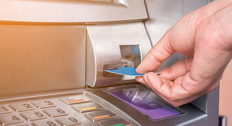 Bankalar 2016'da 412 şube kapattı