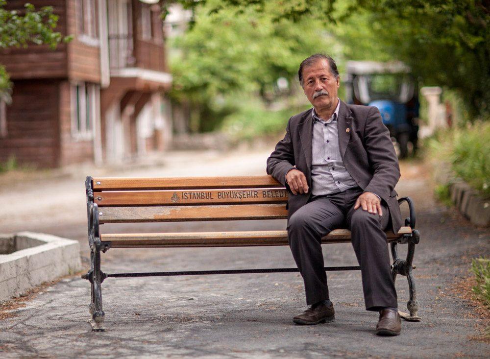 Muhtar Şentürk, köyde çivi bile çakamadıklarını söyledi.