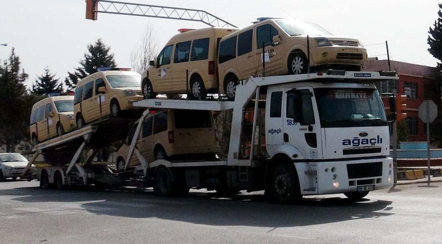 ÖSO polislerinin araçları gönderildi
