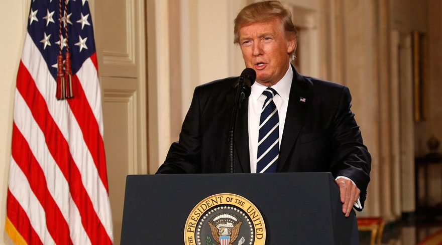 Trump'ın göçmen yasağına karşı 900 diplomat protesto muhtırası verdi