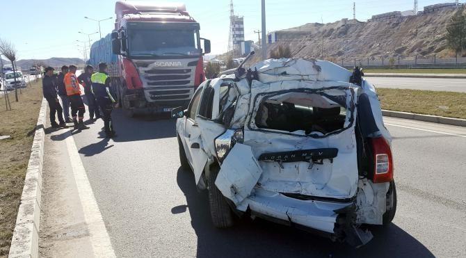 Sivas'ta kaza: 2 yaralı